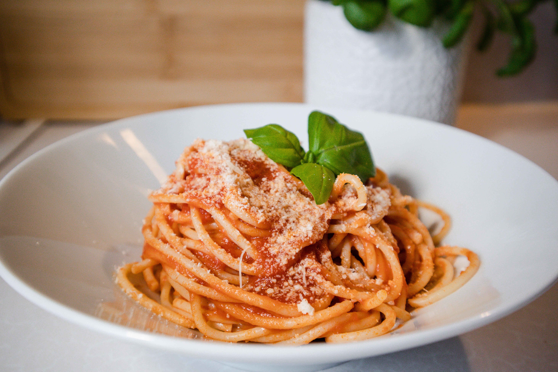 pasta-tomato-italianfood-foodblog